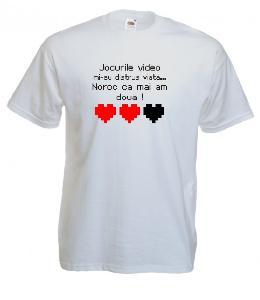 Tricou alb, imprimat Jocurile video